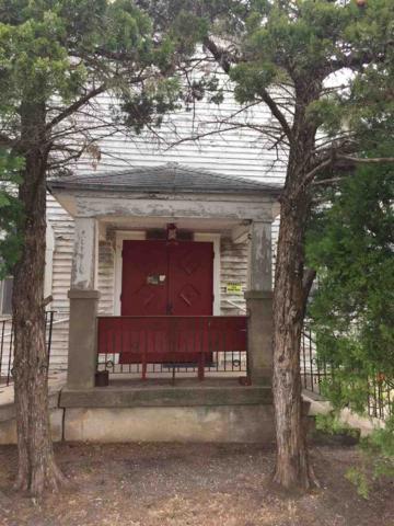 1221 N Logan St, Newton, KS 67114 (MLS #549777) :: Select Homes - Team Real Estate