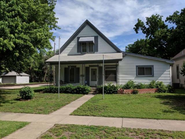 500 E 4th St, Newton, KS 67114 (MLS #549811) :: Select Homes - Team Real Estate