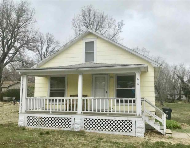 616 E 1st St, Newton, KS 67114 (MLS #549838) :: Select Homes - Team Real Estate