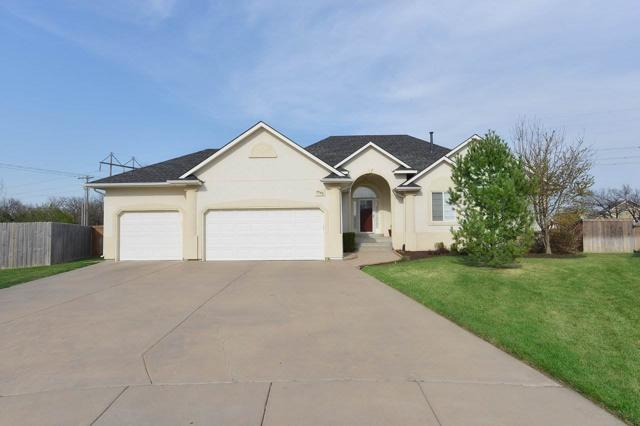 4548 N Fritillary Ct, Bel Aire, KS 67226 (MLS #549967) :: Better Homes and Gardens Real Estate Alliance
