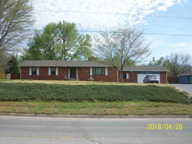 1811 E Madison, Arkansas City, KS 67005 (MLS #550087) :: Select Homes - Team Real Estate