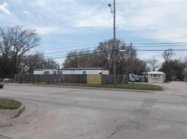 2635 S Hydraulic, Wichita, KS 67216 (MLS #550106) :: On The Move