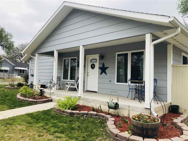 307 W Pack, Moundridge, KS 67107 (MLS #550573) :: Select Homes - Team Real Estate