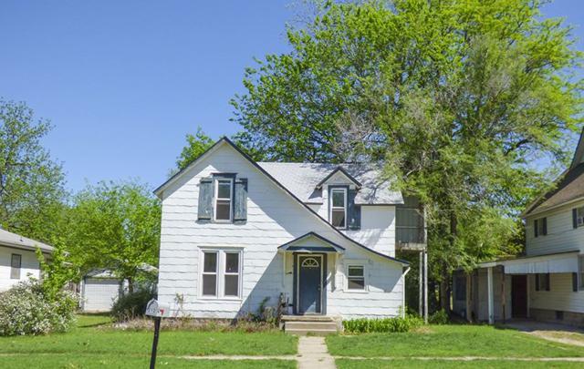212 E 9TH ST, Newton, KS 67114 (MLS #551262) :: Select Homes - Team Real Estate