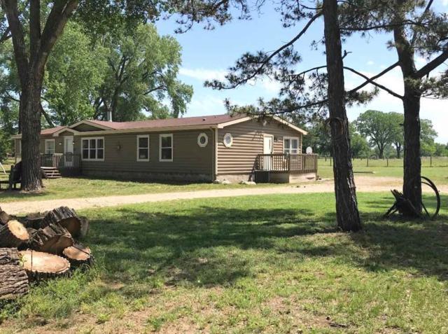 1138 N Oliver Road, Belle Plaine, KS 67013 (MLS #551401) :: Select Homes - Team Real Estate