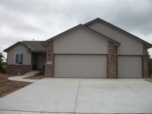 1229 S Ward Parkway, Haysville, KS 67060 (MLS #551477) :: Select Homes - Team Real Estate