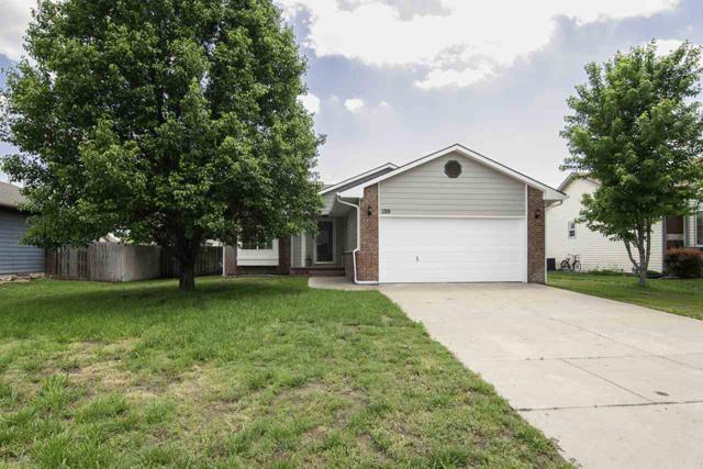 1319 E Lonna St, Haysville, KS 67060 (MLS #551479) :: Select Homes - Team Real Estate
