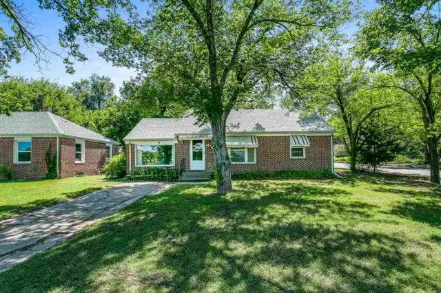 1202 N Crestway St, Wichita, KS 67208 (MLS #552091) :: On The Move