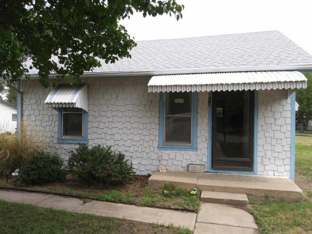 612 Howard St, Hutchinson, KS 67501 (MLS #552450) :: Select Homes - Team Real Estate