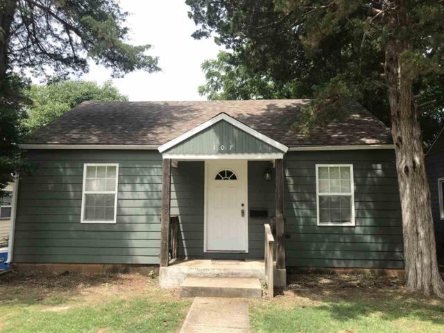 107 N Michigan St, Winfield, KS 67156 (MLS #552642) :: Select Homes - Team Real Estate