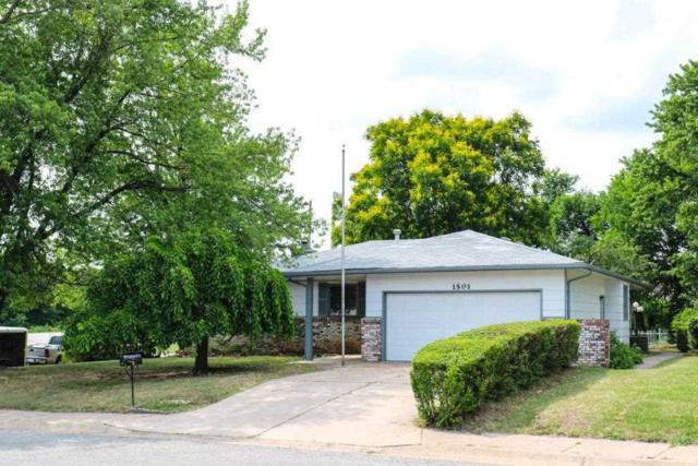 1501 N Rockwood Blvd, Mulvane, KS 67110 (MLS #552761) :: On The Move