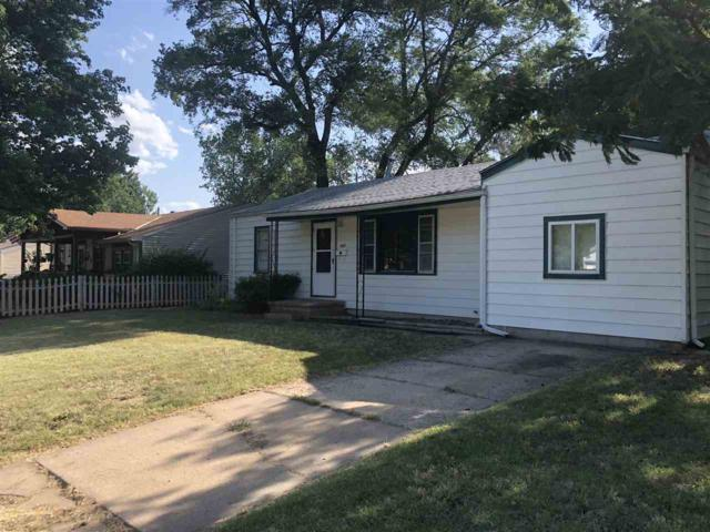 921 N Westview Dr, Derby, KS 67037 (MLS #552849) :: Glaves Realty