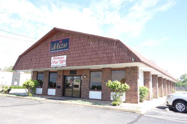 2140 W 21st St N, Wichita, KS 67203 (MLS #552894) :: ClickOnHomes | Keller Williams Signature Partners