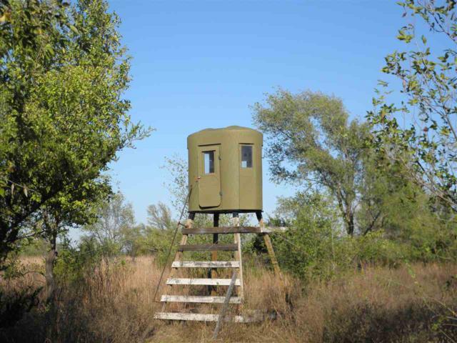00000 E Silver Lake Rd,, Pretty Prairie, KS 67570 (MLS #552963) :: Wichita Real Estate Connection