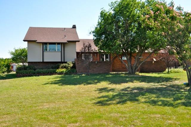 41 S Pony Meadows Dr, Wichita, KS 67232 (MLS #553153) :: Better Homes and Gardens Real Estate Alliance