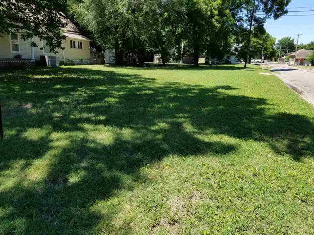 620 E 9th Ave, Winfield, KS 67156 (MLS #553229) :: On The Move