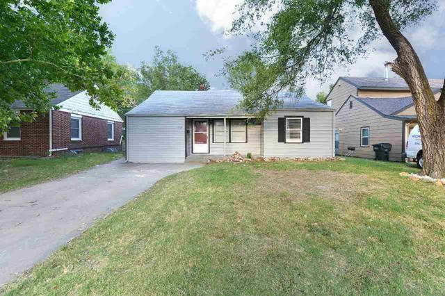 1118 N Crestway St, Wichita, KS 67208 (MLS #553693) :: On The Move