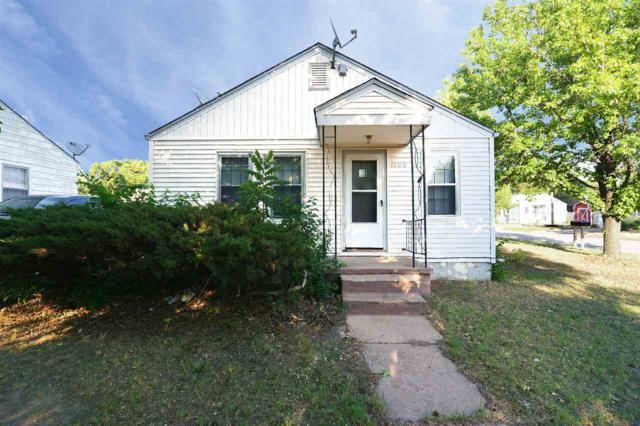1202 E Clark St 1204 E. Clark S, Wichita, KS 67211 (MLS #553694) :: On The Move
