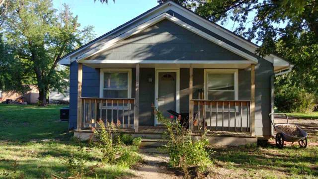 607 E 8th St, Harper, KS 67058 (MLS #553897) :: Wichita Real Estate Connection