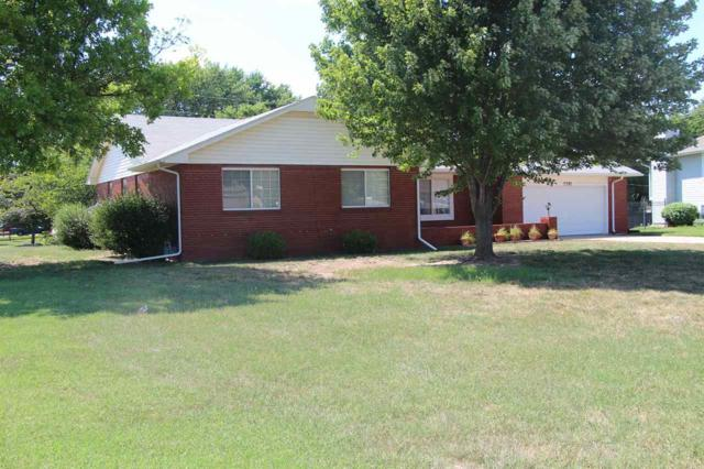 3301 N Huntington Ct., Augusta, KS 67010 (MLS #553979) :: Glaves Realty