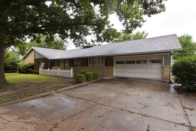 1611 N Highland Dr, Augusta, KS 67010 (MLS #554192) :: Glaves Realty