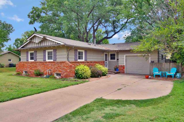 8033 Dresden Ln, Wichita, KS 67207 (MLS #554205) :: Better Homes and Gardens Real Estate Alliance