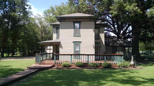 110 E 8th, Sedgwick, KS 67135 (MLS #554714) :: On The Move