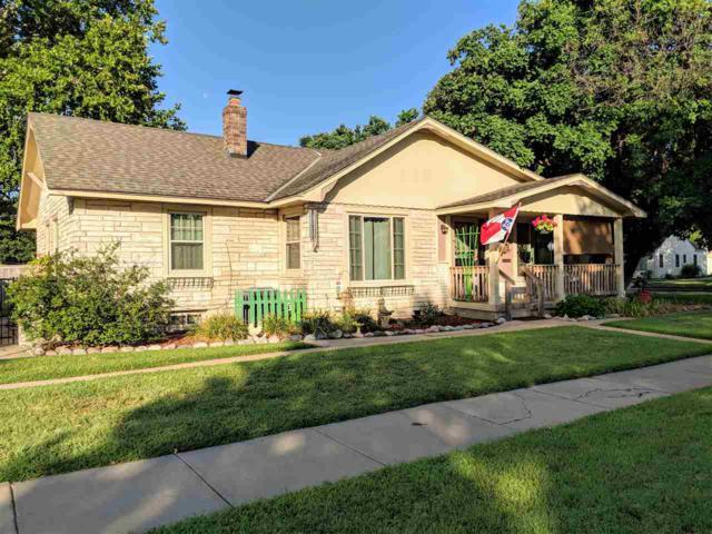 1231 George Washington Blvd, Wichita, KS 67211 (MLS #554754) :: Better Homes and Gardens Real Estate Alliance