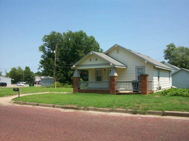 926 N 1st Street, Arkansas City, KS 67005 (MLS #554884) :: On The Move