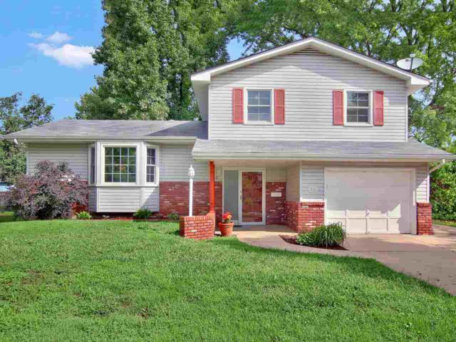 716 E Park Lane St, Derby, KS 67037 (MLS #555553) :: Better Homes and Gardens Real Estate Alliance