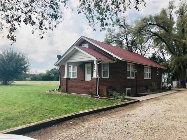 2145 Arrowhead Rd, Moundridge, KS 67107 (MLS #555630) :: Better Homes and Gardens Real Estate Alliance
