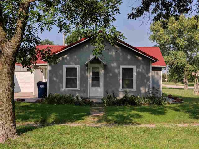 321 N Kansas Ave, Burrton, KS 67020 (MLS #556005) :: On The Move