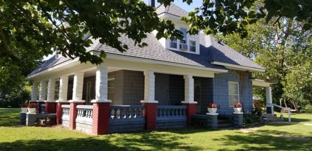 225 N Lincoln St, Belle Plaine, KS 67013 (MLS #556182) :: Select Homes - Team Real Estate
