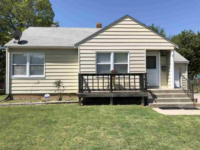 915 N Parkwood Ln, Wichita, KS 67208 (MLS #556233) :: ClickOnHomes | Keller Williams Signature Partners
