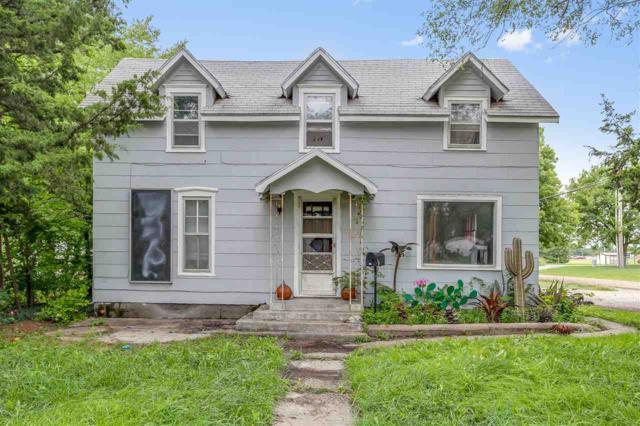 724 E 1st, Newton, KS 67114 (MLS #556349) :: Select Homes - Team Real Estate