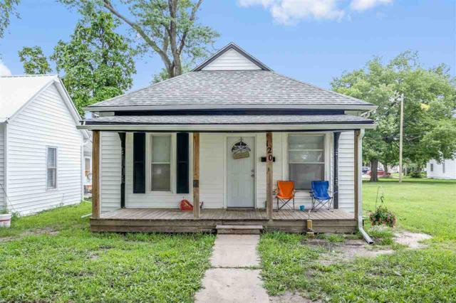 120 W 2nd, Newton, KS 67114 (MLS #556359) :: Select Homes - Team Real Estate
