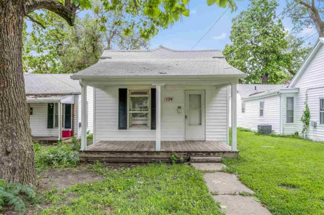 124 W 2nd, Newton, KS 67114 (MLS #556361) :: Select Homes - Team Real Estate