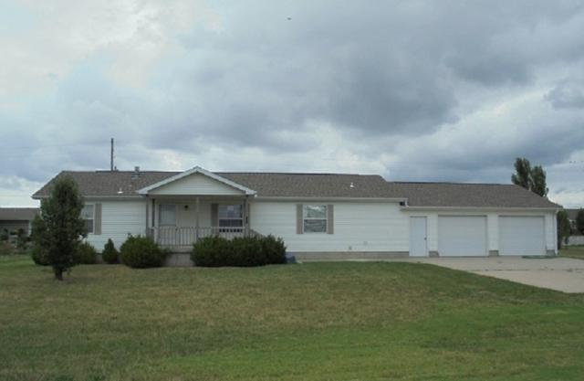 203 Countryside, Inman, KS 67546 (MLS #556786) :: Better Homes and Gardens Real Estate Alliance