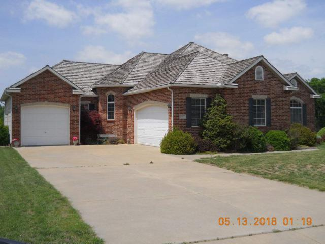 2801 Cabrillo Dr, Winfield, KS 67156 (MLS #556939) :: Select Homes - Team Real Estate