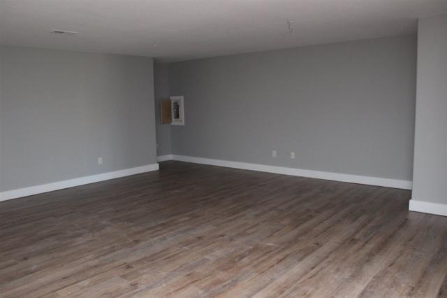 2118 E Cedar Tree, Park City, KS 67219 (MLS #557086) :: Better Homes and Gardens Real Estate Alliance