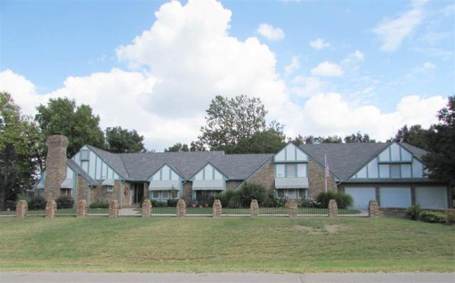 3008 Lakeshore Dr, Winfield, KS 67156 (MLS #557152) :: On The Move