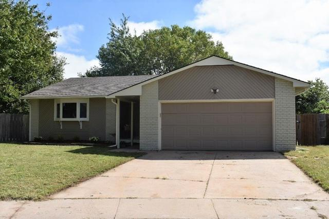 4230 N Saint James Ct., Bel Aire, KS 67226 (MLS #557379) :: Select Homes - Team Real Estate