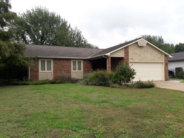 2116 N Murray Cir, Wichita, KS 67212 (MLS #558026) :: Select Homes - Team Real Estate