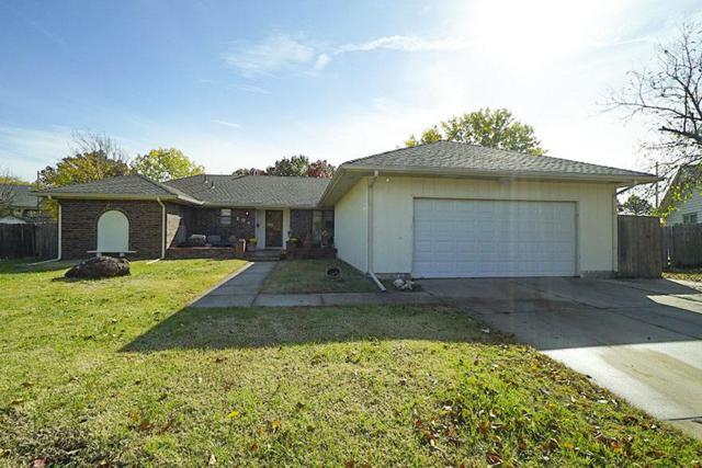 104 N Burr Oak Rd, Wichita, KS 67206 (MLS #559519) :: Select Homes - Team Real Estate