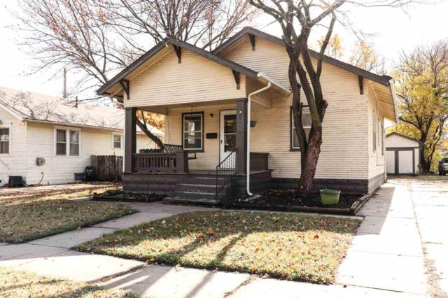 1127 W Irving St, Wichita, KS 67213 (MLS #559524) :: Select Homes - Team Real Estate