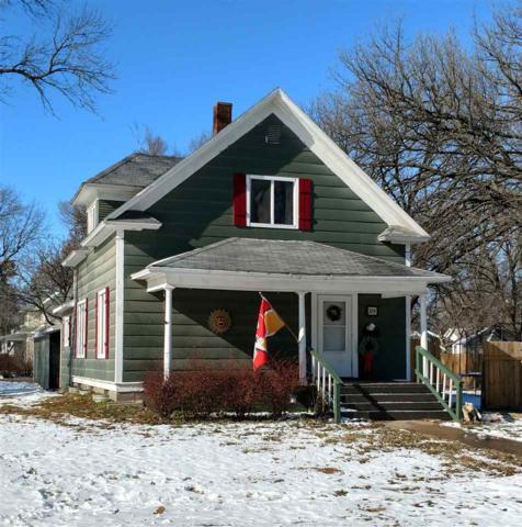 329 Pine, Halstead, KS 67056 (MLS #559943) :: On The Move