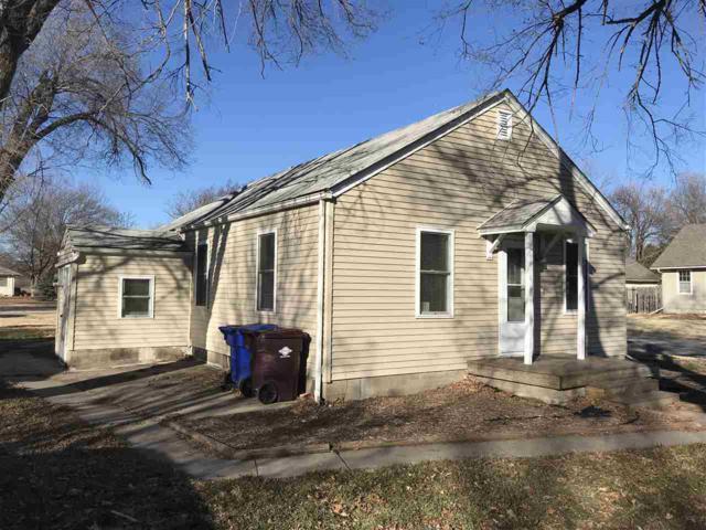 601 S Edwards Ave, Moundridge, KS 67107 (MLS #560407) :: On The Move