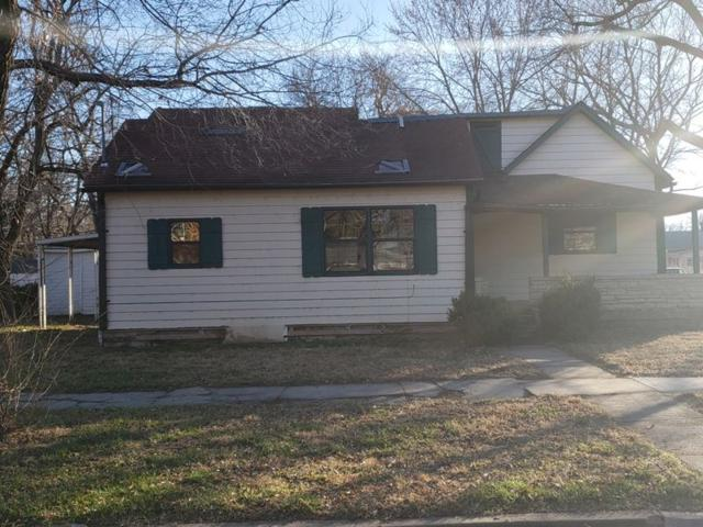 421 W 10th, Winfield, KS 67156 (MLS #560433) :: Select Homes - Team Real Estate