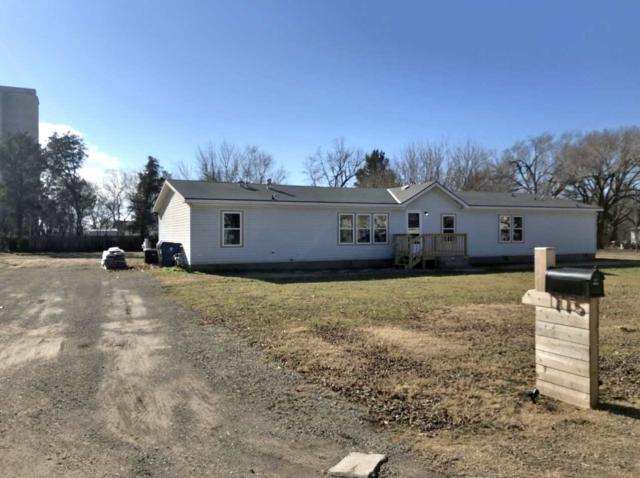 115 W 2ND AVE, Belle Plaine, KS 67013 (MLS #561102) :: On The Move