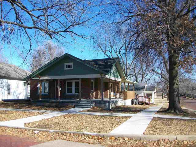 702 N 4th Street, Arkansas City, KS 67005 (MLS #561110) :: Wichita Real Estate Connection